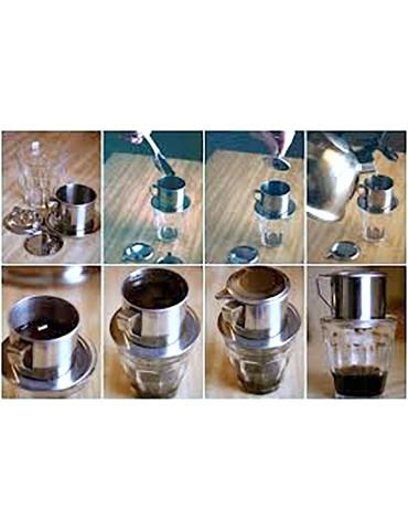 Préparation du café vietnamien avec le filtre en inox